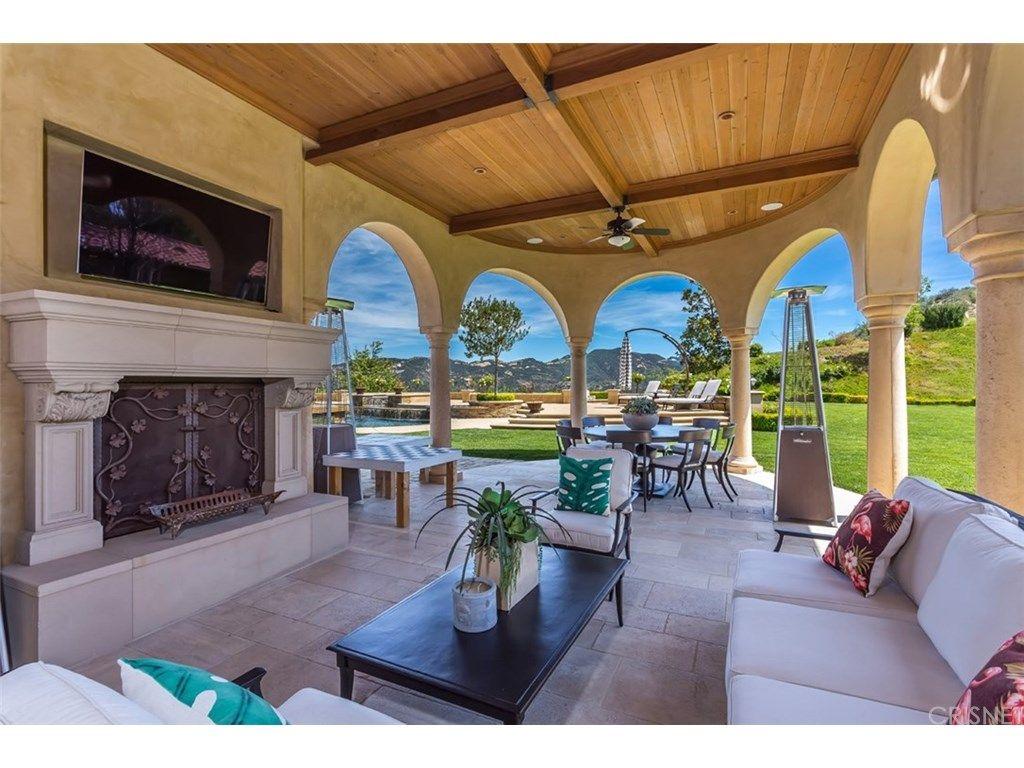 Il famoso cestista statunitense Chris Paul vende la sua casa a Calabasas